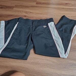 Nike DRI-FIT Capri pants